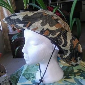 CAMO MESH BOONIE BUSH HAT